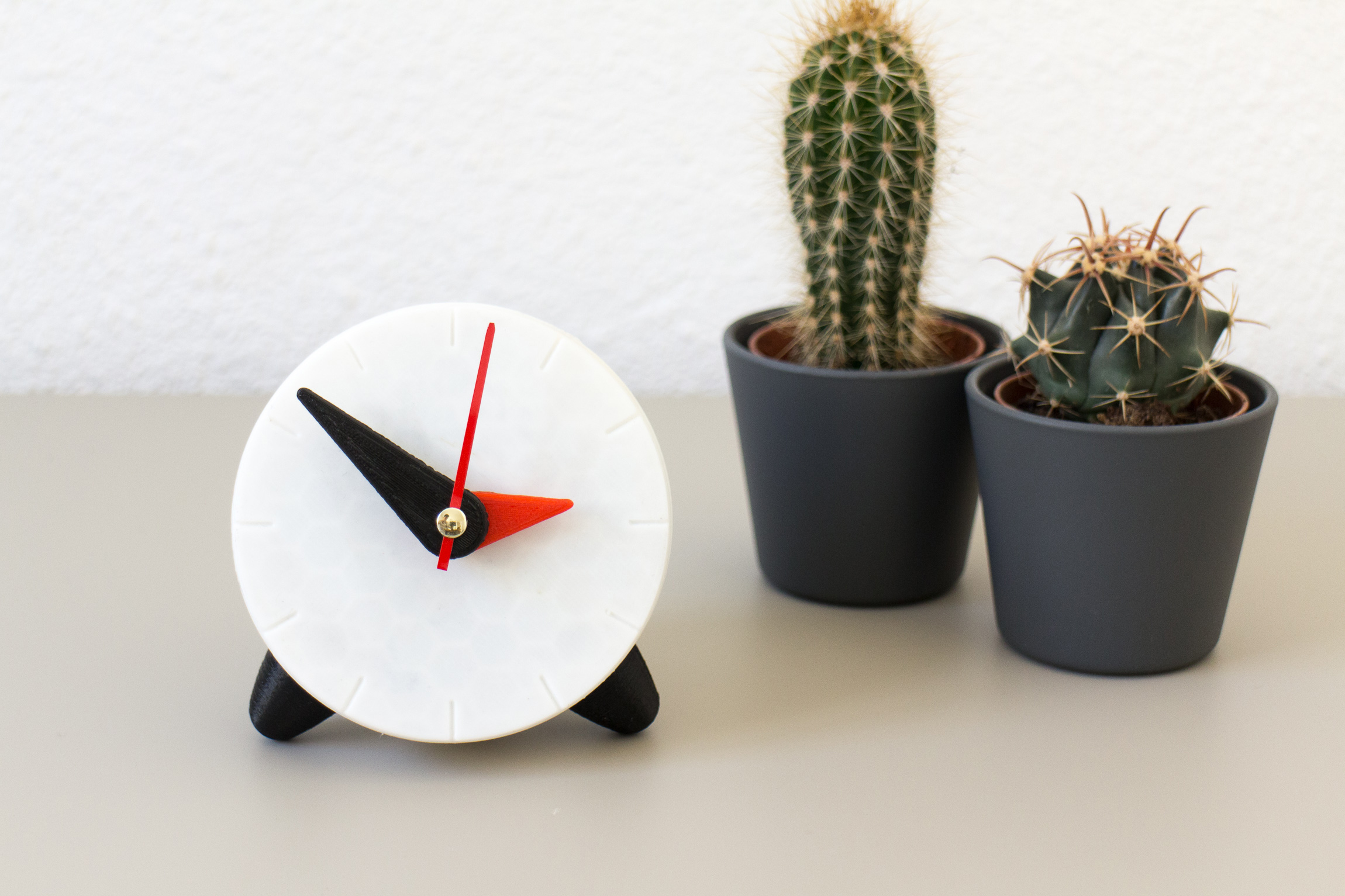3D printed clock with plant